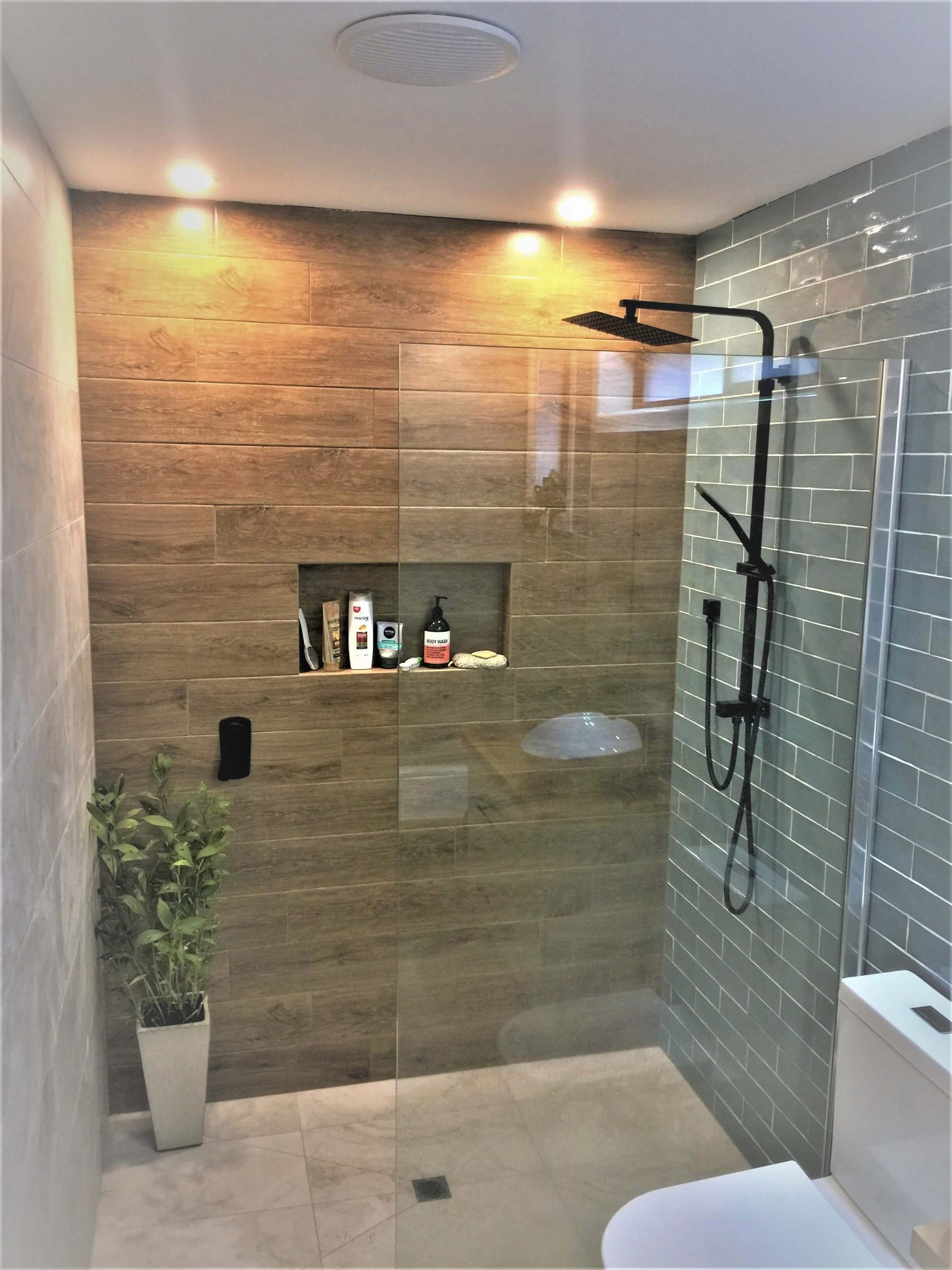 Bathroom Colaberated styling